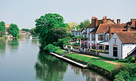 Staines-Surrey-County-UK