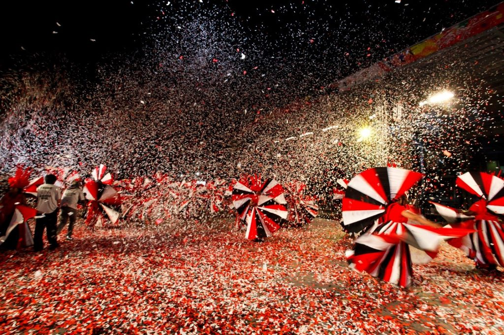 Port-Of-Spain-Carnival-Confetti