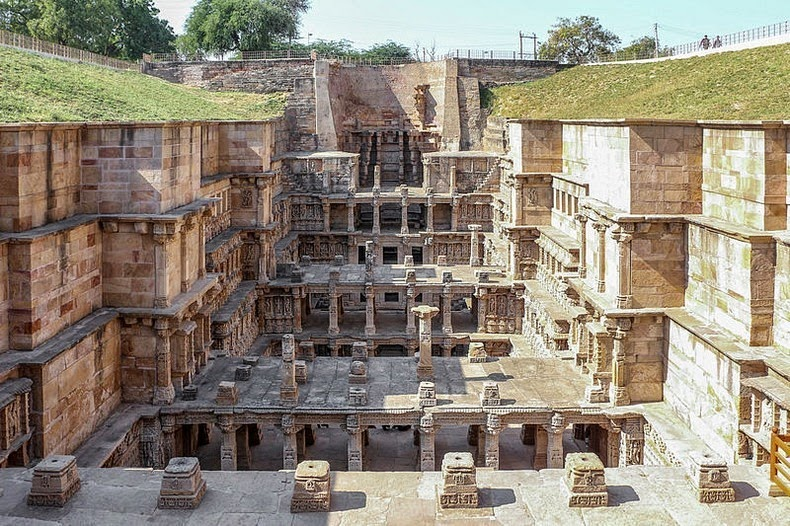 Queen-Stepwell-India