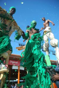 Port-Of-Spain-Carnival-Stilt-Walking