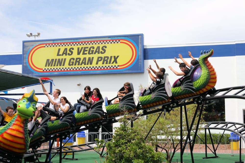 Dragon-Roller-Coaster-Las-Vegas-Mini-Gran-Prix