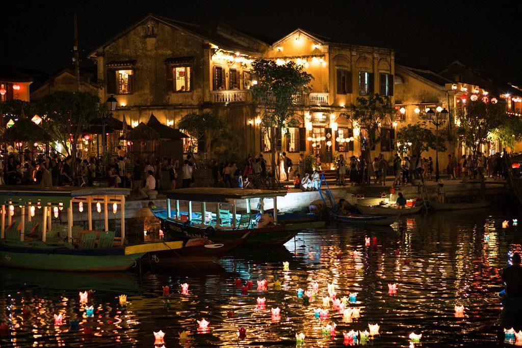 Hoi-An-Lanterns-River